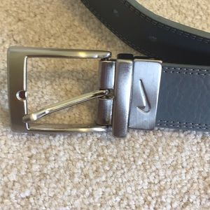 Nike Golf reversible belt